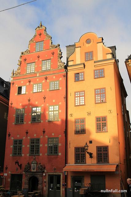 Color houses along the Trangsund Street