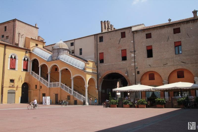 Ferrara, Piazza Municipio