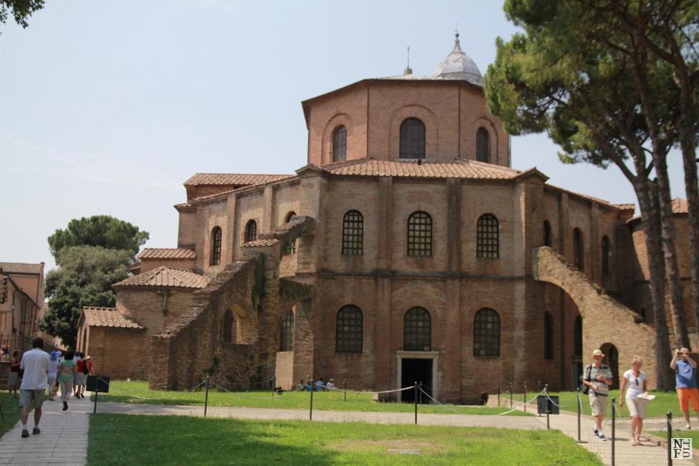 Basilica di S. Vitale from the back