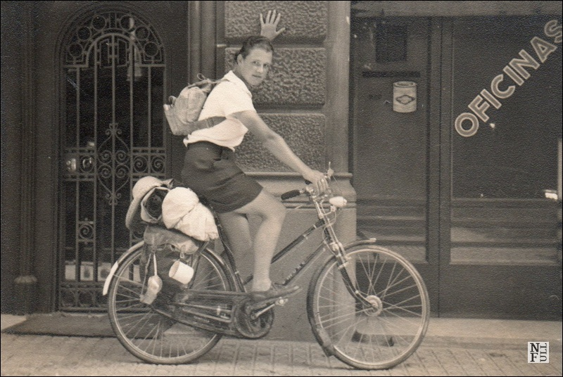 Young Dervla Murphy and her bike