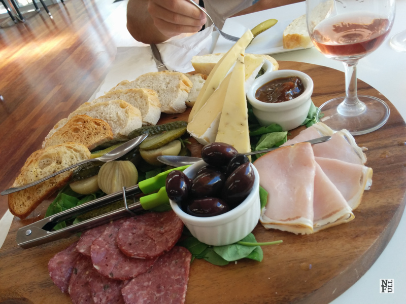 Lunch on Waiheke Island: a variety of cheese and ham with local bread