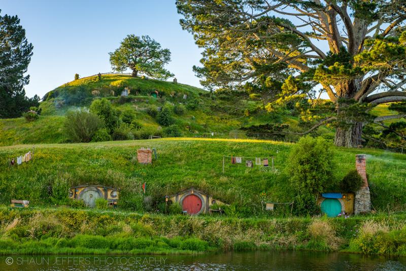 Hobbiton by Shaun Jeffers, Matamata, New Zealand